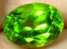 6.44 ct Natural Best Collector ARIZONA Peridot Gemstone OVAL Cut Gem 12 x 9 mm