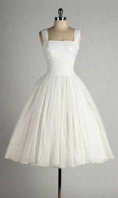 Vintage 1950 Style Wedding Dresses Ball Gown Tea Length Short Little White Dress