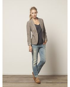 70's Blazer with relaxed denim. I love it!