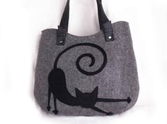 Hey, I found this really awesome Etsy listing at https://www.etsy.com/listing/224918473/women-felt-bag-stretching-cat-bag-ladies