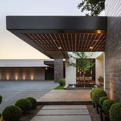 Casa CA . Visit for more., Casa CA . Visit for more. - There are several things that may last but not least full a person's back yard, for instance a classic white picket containment system or maybe an. Flat Roof House, Facade House, Design Exterior, Facade Design, Entrance Design, House Entrance, Minimalist House Design, Modern House Design, Residential Architecture