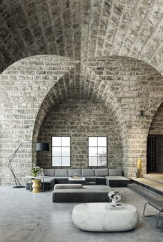 Make Your Home Shine With These Industrial Farmhouse Design Tips It may be that you have never done much with your personal living space because you feel you do not know enough about interior design.
