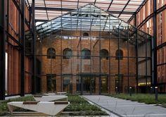 Małopolska Garden of Arts / Ingarden & Ewý Architects | ArchDaily
