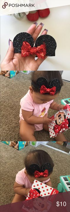 """Minnie Ears Sparkly Minnie Mouse headband for baby's! Each ear is 2"""" and is size 6-12 months. So adorable and my daughter gets so many compliments when I take her to Disneyland but she has outgrown this size. In great condition! Accessories Hair Accessories"""