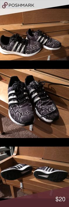 Adidas snake print sneakers 6.5! Used but in good condition! Adidas Shoes Sneakers