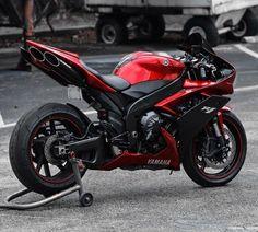 Yamaha R1 #GreaseGarage #Yamaha #R1