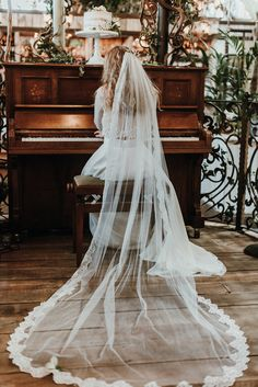Wedding Veil | | Botanical Inspiration Shoot | Styling by Once Upon a Wedding | Mariola Zoladz Photography