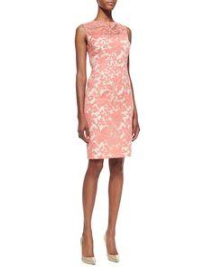Pin for Later: 24 robes d'été pour les mamans de la mariée ! Robe en dentelle Kay Unger Kay Unger New York Sleeveless Floral Lace Sheath Dress ($350)