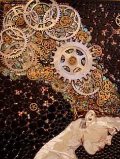 Steampunk-inspired mosaic portrait -- bicycle gears, glass, mosaic tilesby Laura Harris (Dousman, Wisconsin) (This reminds me of a Gustav Klimt piece, so beautiful. I'd love this in my home.)...