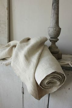 LOVELY soft antique homespun linen from Europe ~ 24 inches WIDE ~ LOVELY floppy hand ~*~ www.textiletrunk.com