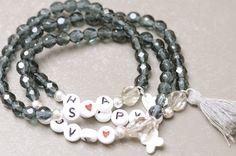 Armbänder - Trendiges Armband Love Buchstaben 925er…
