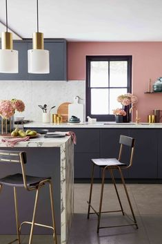 The best kitchen design ideas for your home in This expert trends round up reveals the latest modern kitchen ideas and contemporary kitchen trends from storage to two-tone kitchens. Pink Kitchen Walls, Coral Kitchen, Kitchen Wall Design, Quirky Kitchen, Dark Kitchen Cabinets, Kitchen Wall Colors, Best Kitchen Designs, Modern Kitchen Design, Kitchen Layout