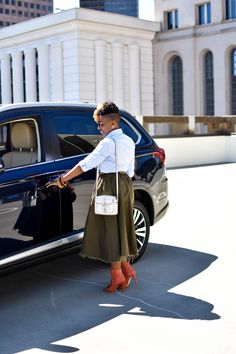 On The Road With Mitsubishi — Melodie Stewart Mitsubishi Outlander, Blue Back, Cool Street Fashion, Photo Sessions, Muse, Baby Strollers, Atlanta, Personal Style, Husband