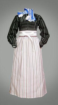 Kostuum van een Volendamse vrouw 1900 #NoordHolland #Volendam