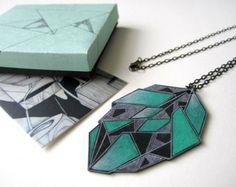 EMERALD GREEN GEOMETRIC necklace