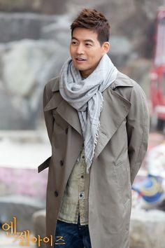 [안구정화] 리얼 훈남 이상윤, 날씨는 흐린데 눈이 부셔! : 엔젤아이즈