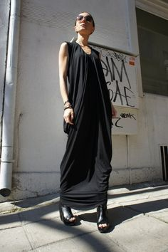 Gorgeous Black Asymmetric Dress /Extravagant Caftan So elegant, romantic, sophisticated,stylish ..... Be Unique and DEAR to WEAR This awesome silhouette design... looks as stunning with a pair of heels as it does with sneakers or flats. Enjoy your new fashion challenge! Different sizes