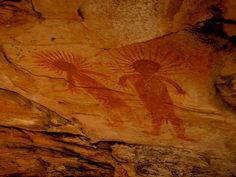 Psychedelics Influenced the Origins of Prehistoric Cave Paintings? Cave Drawings, Primitive Painting, Human Art, Ancient Aliens, Ancient Artifacts, Ancient Civilizations, Prehistoric, Rock Art, Psychedelic