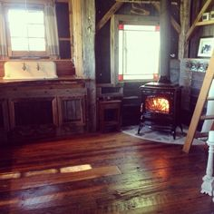 Wood stove ahhhhh in the treehouse Treehouse Cabins, Treehouse Ideas, Treehouses, Cozy Cabin, Cozy Cottage, Barn Conversions, Small Fireplace, Tiny House Cabin, Wood Stoves