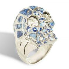 Porcelain skull ring