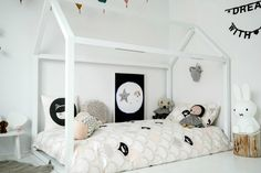 Frankie and Frenchie, Fun Kids Bedding - Petit & Small