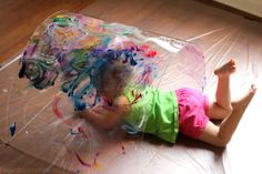 Use a sheet of Plexiglass and fingerpaint to make a rainbow tunnel to explore color: A Reggio-inspired big art project for toddlers. Looks fun! Preschool Art, Toddler Preschool, Toddler Activities, Art Therapy Activities, Creative Activities, Infant Classroom, Toddler Art Projects, Exploration, Rainbow Art