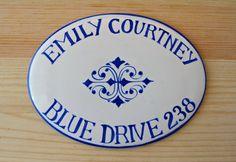 Targhetta in porcellana dipinta a mano per porta di DipintoAdArte https://www.etsy.com/it/listing/200554775/targhetta-in-porcellana-dipinta-a-mano?ref=shop_home_active_3