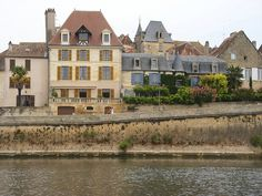 Bergerac, Dordogne  Old town along along river.