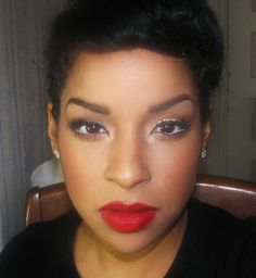 Red lipstick Mac Ruby Whoo! Love this makeup look!