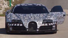 Heißes Eisen - der Bugatti Chiron ist noch getarnt unterwegs (Quelle: SB-Medien/Hartmut Klawonn)