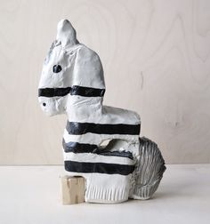 "Ceramic sculpture ""Horse"" by Jenni Tuominen."