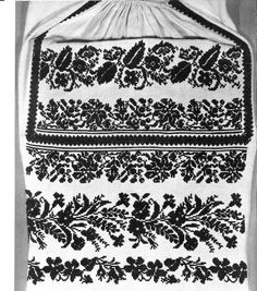 Embroidery of Sokal' region, Halychyna, Ukraine Embroidery Patterns, Cross Stitch Patterns, Folk Costume, Costumes, Xenia, Types Of Stitches, Filet Crochet, Craft Patterns, Traditional Outfits