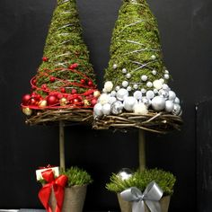 Christmas Tree Topiary, Holiday Tree, Christmas Baubles, Simple Christmas, Christmas Art, Xmas Tree, Christmas Wreaths, Unique Christmas Decorations, Tree Decorations