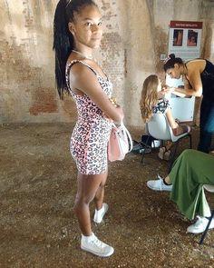 In attesa di sfilare per @missartemodaitalia  #cappello #cappelli #hat #instalike #instafun #instalife #fashion #womenfashion #madeinitaly #livorno #madeinitaly #moda #modadonna #fascinator #artigianato #modisteria #modella #modelle #fashionphoto #accessori #stile #style #l4l #concorso #modella #modelle #bellezza #model #girl