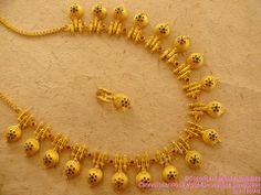 Jewellery Set All half P C Jewellers Gold Necklace Designs With Price with Jewellery Shops Omagh their Gold Jewelry Set Design other Jewellery Online India Gold Gold Jewelry Simple, Simple Necklace, Gold Necklace, Silver Jewelry, Antique Necklace, Ruby Jewelry, Short Necklace, Layered Necklace, Diamond Jewelry