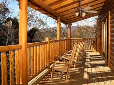 Pigeon Forge vacation rentals at http://www.encompasstravels.com/listing/Bear-Creek-lodge-3219#