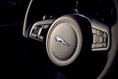 Генетический код фирмы Jaguar. Тест-драйв Jaguar XE - http://amsrus.ru/2017/04/16/jaguar-xe-test-drive/