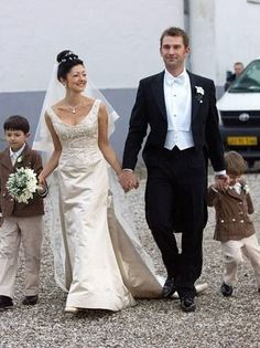 The former Alexandra Christina Manley, sometime wife of Pr Joachim of Denmark, found happiness in her second marriage 2007.  She is now Countess of Frederiksborg,