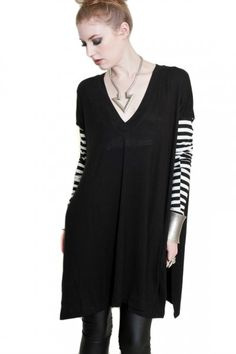 BABOOSHKA BOUTIQUE -  VENT-TEE-VEE T-shirt Tunic Open Side Seams Black White Stripe Stripes V-Neck Top Long Sleeve Goth Fashion Oversized Plus size All Soze Solid Soft Comfortable Vented Vent Tee Vent-Tee