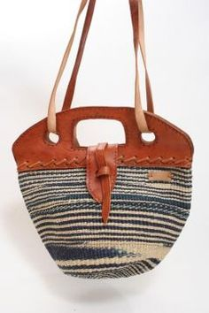 African 3-in-1 Hand Bag with Leather Strap Straw Bag 30389e41ba600