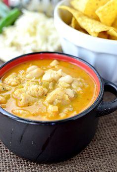 Kristin of @Iowa Girl Eats made this Spicy White Chili! We think it's perfect for fall. See more from Delish Dish: http://www.bhg.com/blogs/delish-dish/