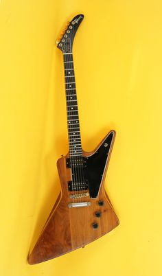 1979 Gibson EXPLORER Natural > Guitars : Electric Solid Body - McDermott Guitars | Gbase.com