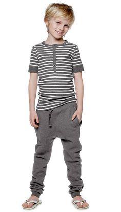 Comfy pants for kids. Pantalones cómodos para jugar. www.amamillo.com