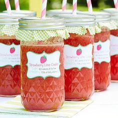 Strawberry-Lime Cooler ~ Real strawberries offer almost all of the sweetness you need in this refreshing, summery sip. Just add a drizzle of honey! Diabetic Drinks, Healthy Snacks For Diabetics, Diabetic Recipes, Healthy Drinks, Low Carb Recipes, Diabetic Foods, Healthy Food, Diabetic Menu, Strawberry Recipes