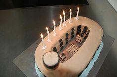 gateau anniversaire Boyard en pâte à sucre cake design