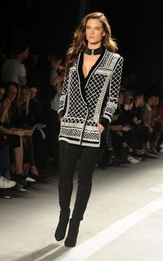 Alessandra Ambrosio – Runway at Balmain x H&M Collection Launch Event in New York