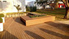 O deck de madeira plástica Rewood é sempre a melhor opção.