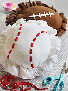 "Sporty Pillows: Give the sports fan in your life reason to cheer! Download the free template & instructions at familyfunmag.com.  NB: This is a ""no-sew"" kid friendly project, but I recommend using or making a pillow form, or sewing seams around the edges, especially if you plan to use loose cotton or poly-fill. --- For Harmy"