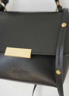 Black Gold, Black Leather, Women's Handbags, Gold Material, Oslo, Gold Hardware, Hand Stitching, Women Bags