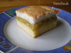 Rebarborový koláč so snehom (fotorecept)